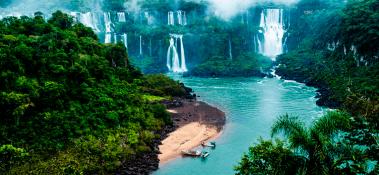 Hoteles en Puerto Iguazú desde  $2.088 Por Noche