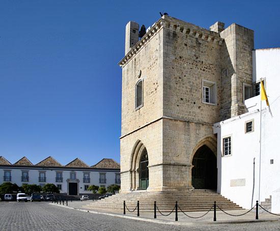 Hotéis em Faro